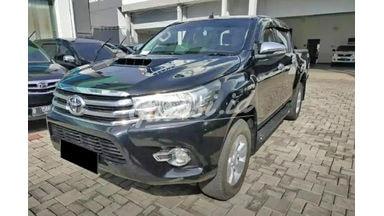 2015 Toyota Hilux D Cab - Mobil Pilihan