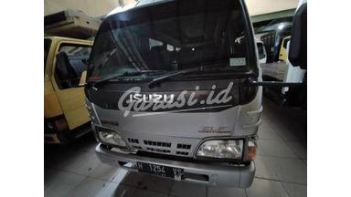 2013 Isuzu Elf bus - Terawat Siap Pakai