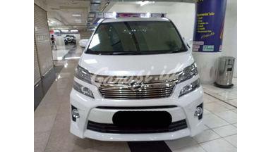 2013 Toyota Vellfire ZG - Siap Pakai