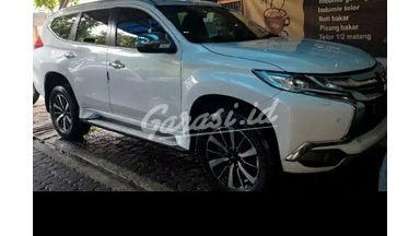 2018 Mitsubishi Pajero Sport dakar - Mulus Terawat service record tinggal gas