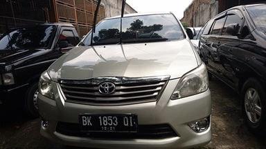 2011 Toyota Kijang Innova 2.0 G - Langsung Tancap Gas