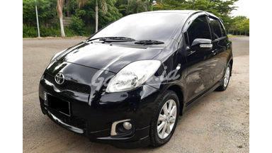 2012 Toyota Yaris E