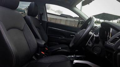 2015 Mitsubishi Outlander PX - Mobil Pilihan (s-4)