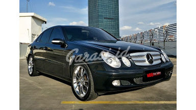 2003 Mercedes Benz E-Class E200 Compressor - Antik Mulus Terawat ISTIMEWA Credit Welcome