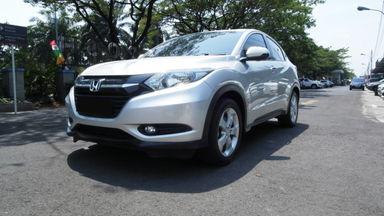2015 Honda HR-V E 1.5 - Mobil Pilihan (s-0)