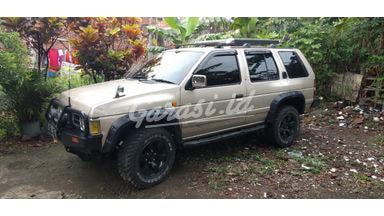 2001 Nissan Terrano SPIRIT - Gagah Tenaga Responsif