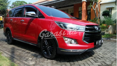 2017 Toyota Kijang Innova Venturer 2.4 - Warna Favorit, Harga Terjangkau