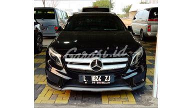 2014 Mercedes Benz G-Class GLA-200 - Sangat istimewa interior exterior.