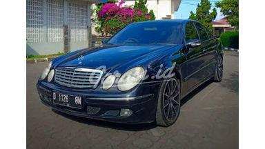 2002 Mercedes Benz E-Class E 240