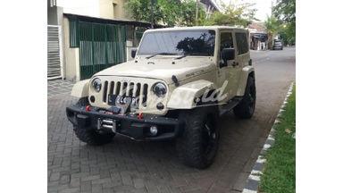 2011 Jeep Wrangler sahara - Low Km