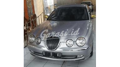 2000 Jaguar S-Type S - Limited Edition