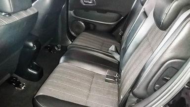 2015 Honda HR-V E CVT - Mobil Pilihan (s-5)