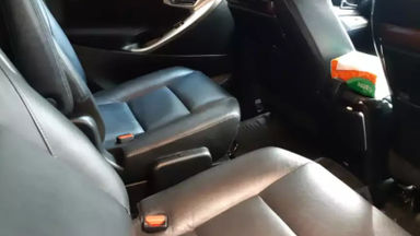 2017 Toyota Kijang Innova Venturer AT - Istimewa Siap Pakai (s-2)