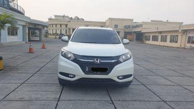 2017 Honda HR-V i-vtec - UNIT TERAWAT, SIAP PAKAI, NO PR