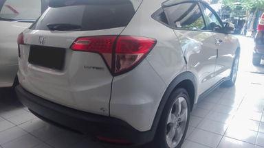 2015 Honda HR-V E - Mobil Pilihan (s-2)