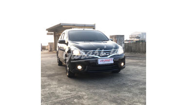 2016 Nissan Livina B