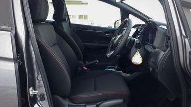 2018 Honda Jazz RS - Mobil Pilihan (s-5)