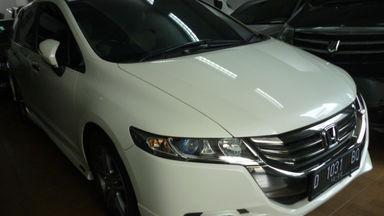 2012 Honda Odyssey . - Siap Pakai Mulus Banget