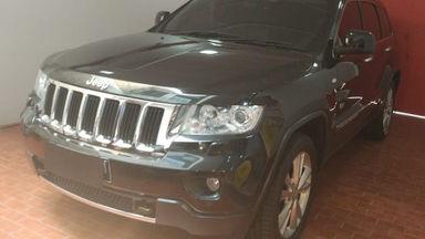2011 Jeep Grand Cherokee Limited - Istimewa Antik