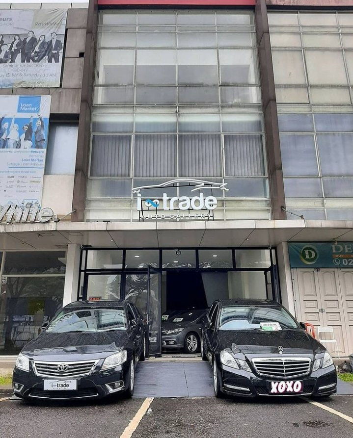i~trade Auto Gallery