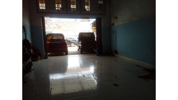 UD Wahyu Motors