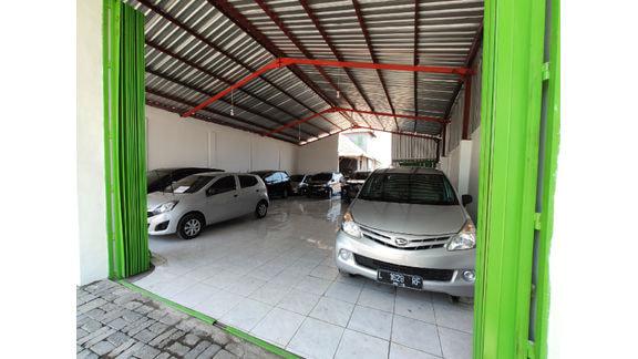 Megah Sari Mobil