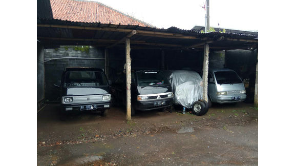 Dian Mobil bekas