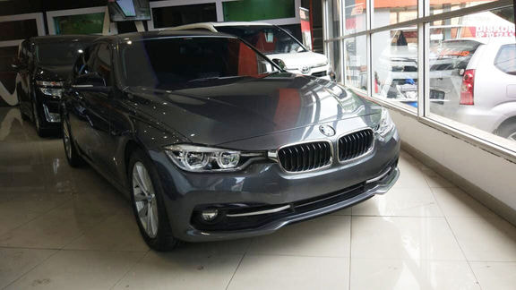 BMW 320I 2016 >> Jual Mobil Bekas 2016 Bmw 320i Facelift Lci M Sport Kota Bandung 00jq743 Garasi Id