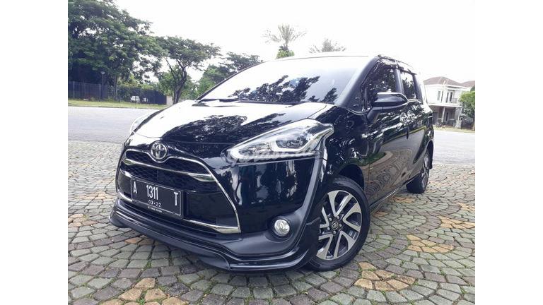 2016 Toyota Sienta Q - Mobil Pilihan (preview-0)