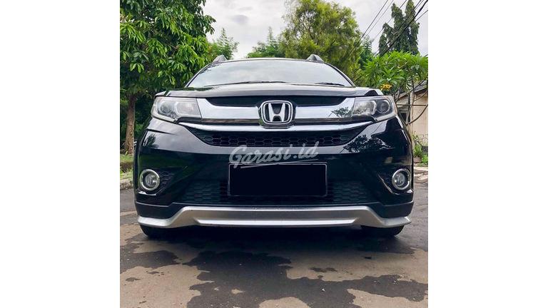 2016 Honda BR-V E - Mobil Pilihan (preview-0)