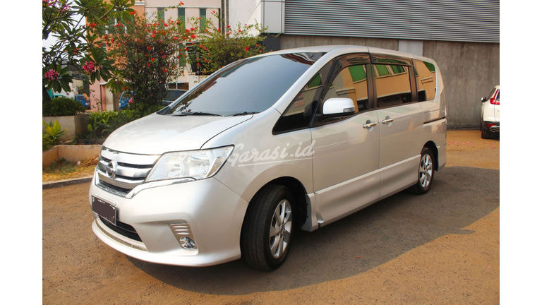 2014 Nissan Serena HWS - Good Condition Like New siap diadu gan (preview-0)
