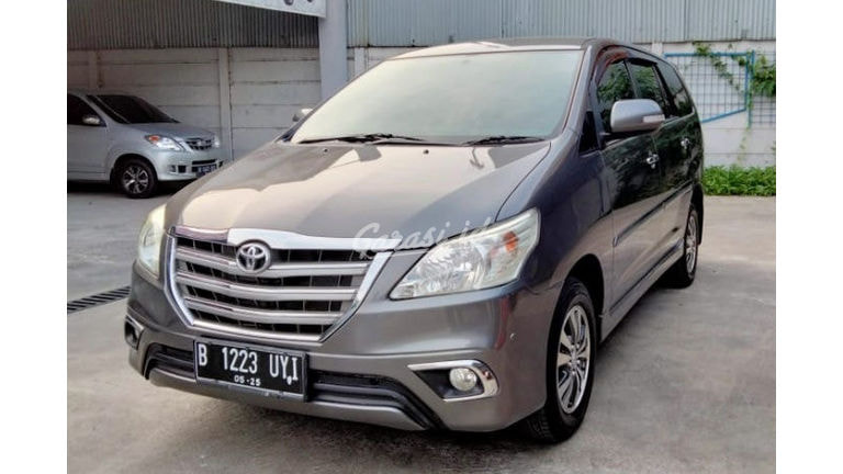 2015 Toyota Kijang Innova V (preview-0)