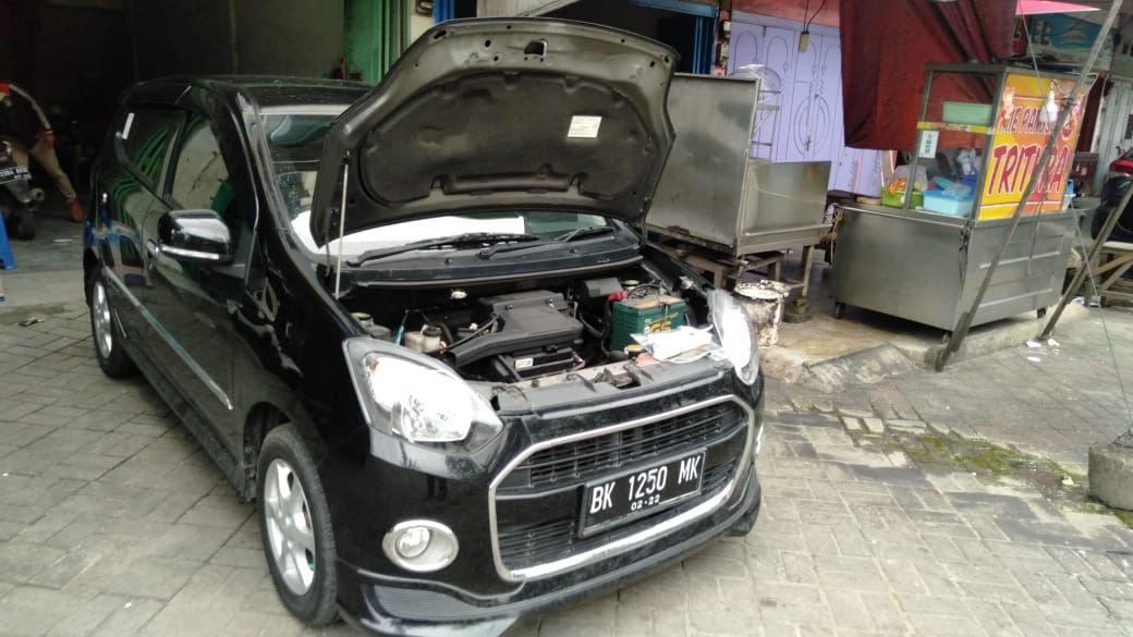 2017 Daihatsu Ayla X - Mobil Pilihan (preview-0)