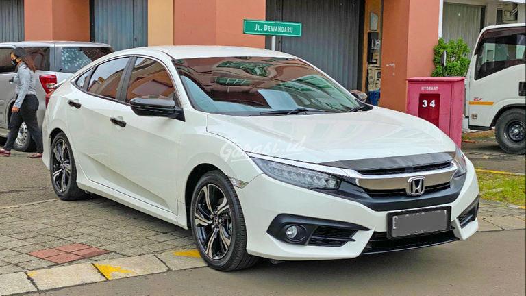 2017 Honda Civic ES Turbo - Mobil Pilihan (preview-0)
