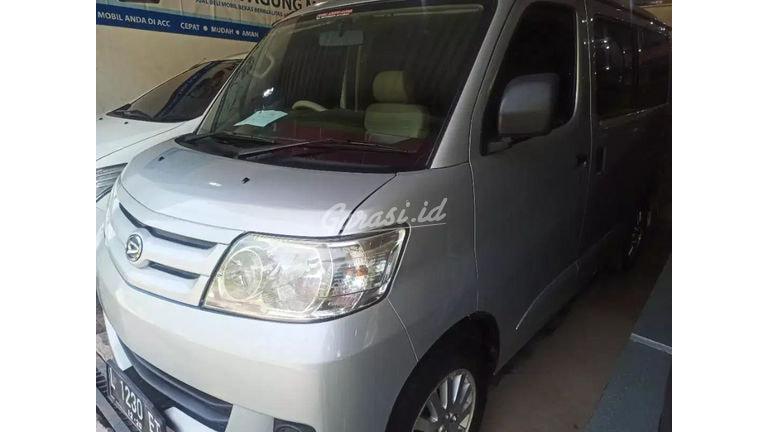 2012 Daihatsu Luxio MT - Kondisi Ok & Terawat (preview-0)