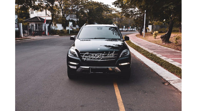 2014 Mercedes Benz ML-Class CDI - Full Orisinal Seperti Baru, Siap Pakai (preview-0)