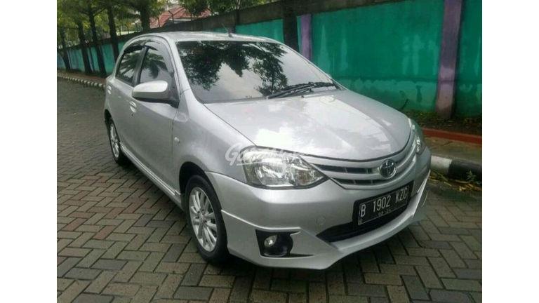 Jual Mobil Bekas 2014 Toyota Etios Valco G Kota Bekasi 00et671
