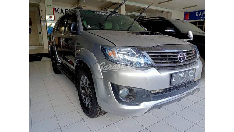 2015 Toyota Fortuner VNT TRD - Mobil Pilihan (preview-0)