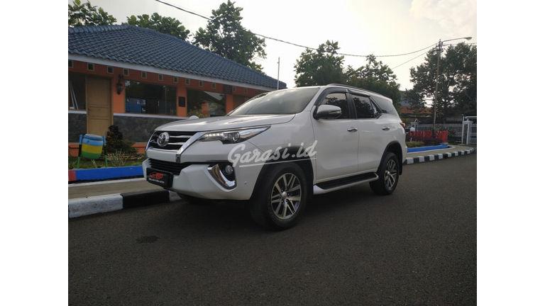 2016 Toyota Fortuner 2.4 VRZ DIESEL - A/T ISTIMEWA SIAP PAKAI (preview-0)