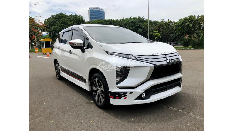2019 Mitsubishi Xpander ultimate limited - Mobil Pilihan (preview-0)