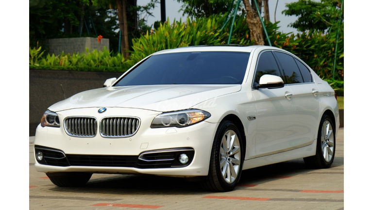 2014 BMW 520d LCI Facelift - Kondisi Perfect (preview-0)