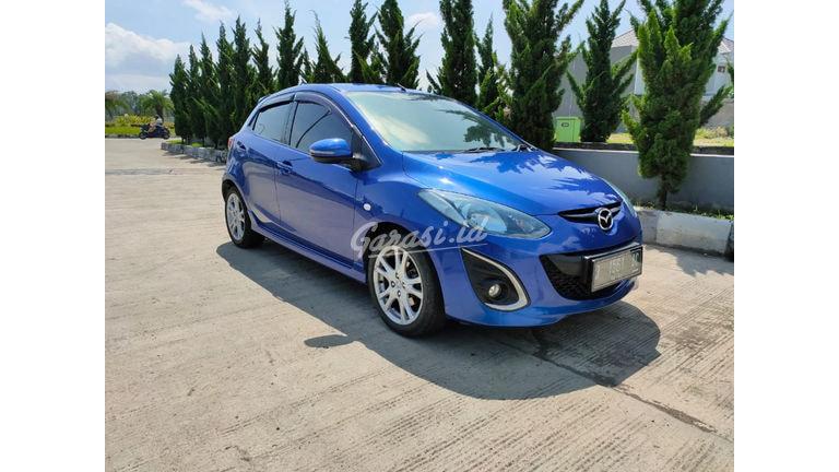 2011 Mazda 2 R (preview-0)