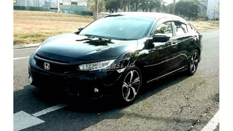 2017 Honda Civic Turbo Prestige - Mobil Pilihan (preview-0)