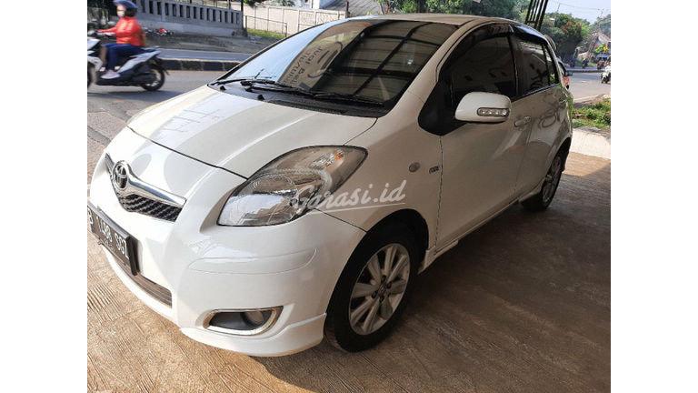 2011 Toyota Yaris E - MOBIL BEKAS BERKUALITAS (preview-0)