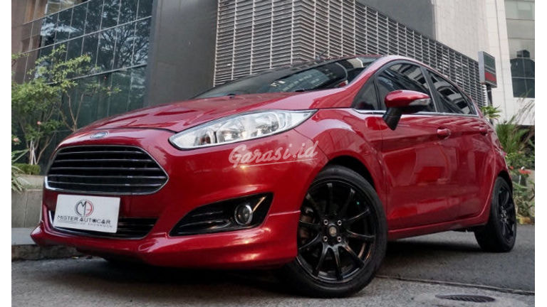 2015 Ford Fiesta S ECOBOOST TURBO - Mobil Pilihan (preview-0)
