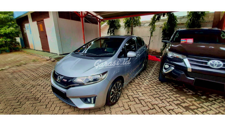 2016 Honda Jazz RS - Mobil Pilihan (preview-0)