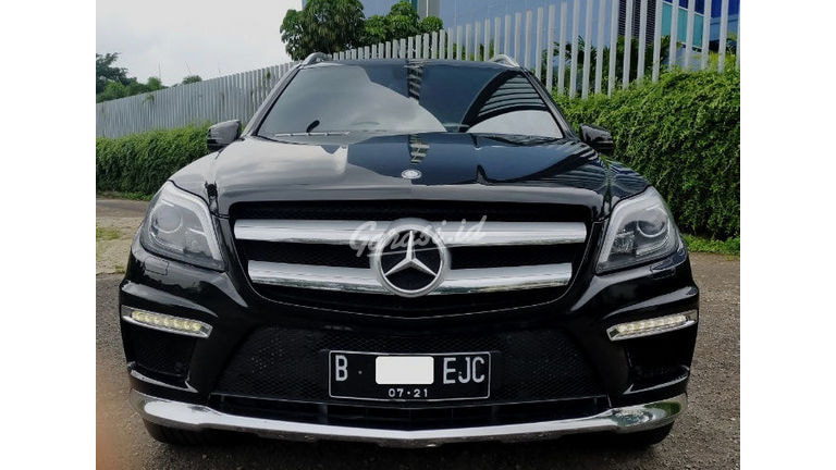 2014 Mercedes Benz GL GL400 AMG - Good Condition (preview-0)