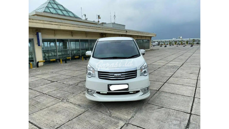 2014 Toyota Nav1 V Lux - Siap Pakai (preview-0)