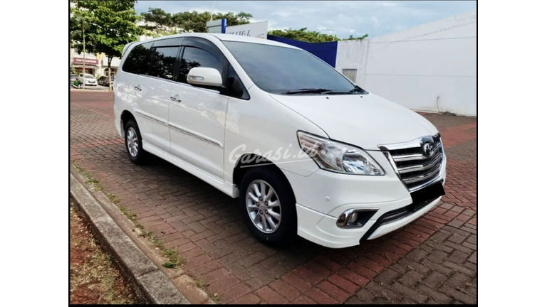 2014 Toyota Kijang Innova V (preview-0)