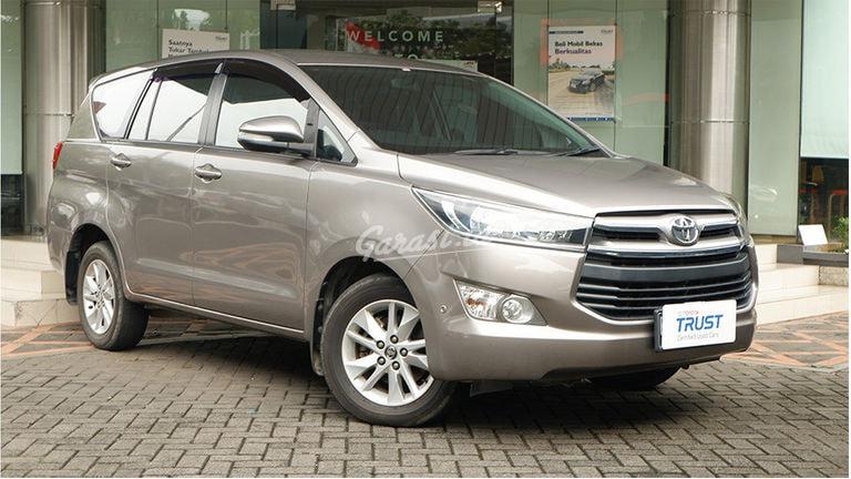 2016 Toyota Kijang Innova V - Barang Antik UNIT ISTIMEWA (preview-0)